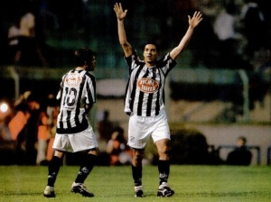 2002-10-03 - Corinthians 2 x 4 Santos  (6)