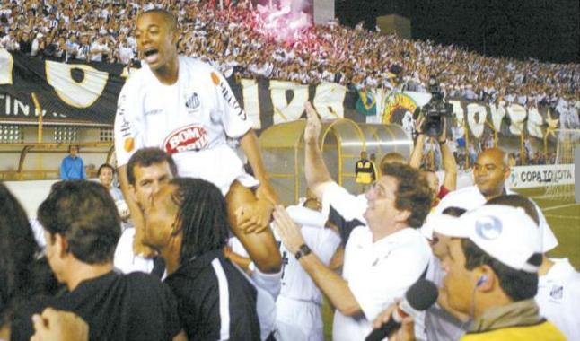 2004-05-11 - Santos 2 x 0 LDU-EQU (3)