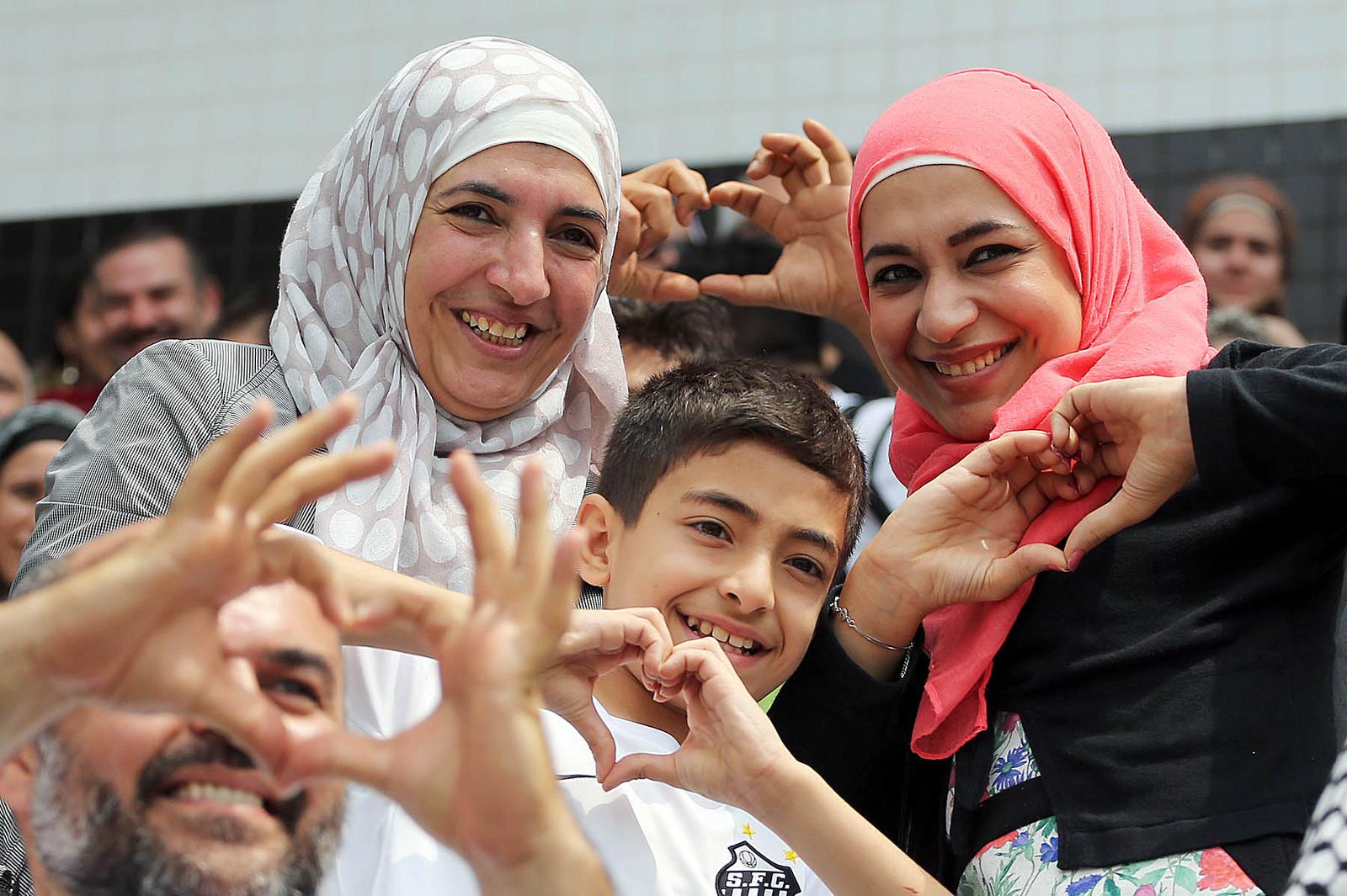 2015-09-27 - Refugiados da Guerra na Síria - Santos x Internacional (9)