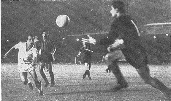 1963-11-14-santos-4-x-2-milan-ita-2